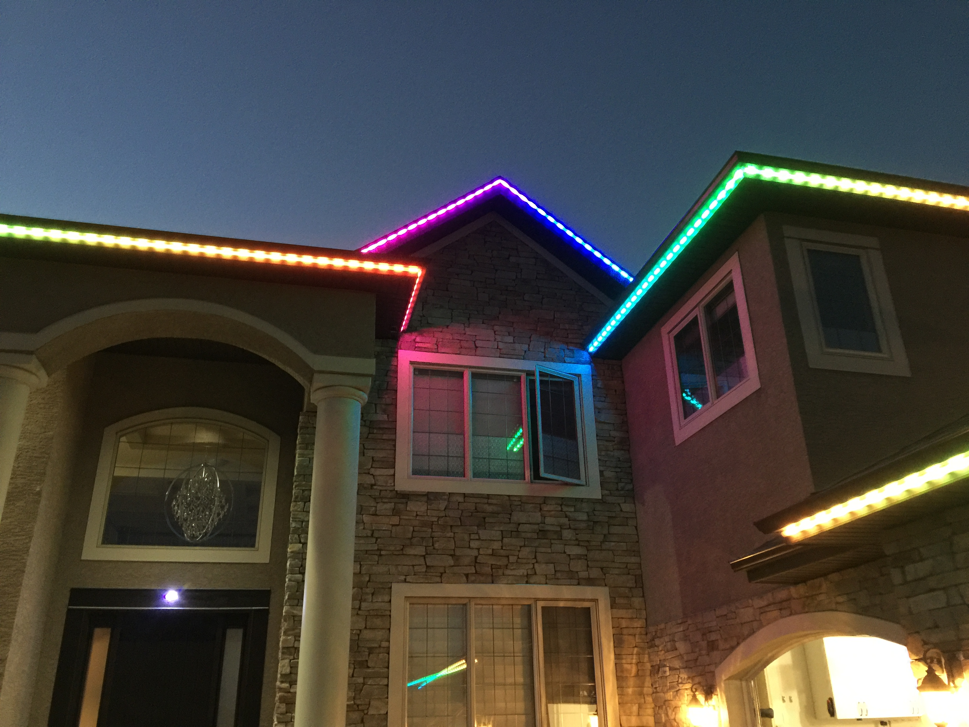 Using LED Strip Lighting For Decoration And Security On Their Roofs, GTA Homeowners Can Light Up Their Lives